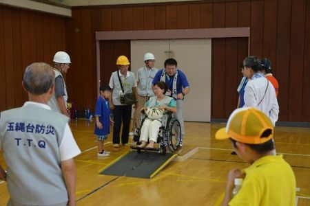 車椅子体験.JPG